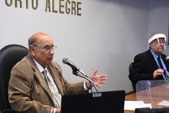 Sessão foi presidida por Reginaldo Pujol (DEM)