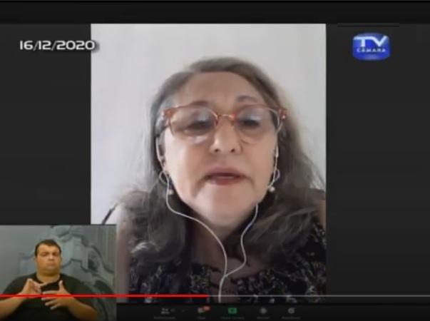 Vereadora Lourdes em sessão ordinária por videoconferência