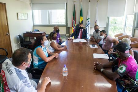 Carnavalescos querem uso da estrutura do sambódromo durante o ano inteiro