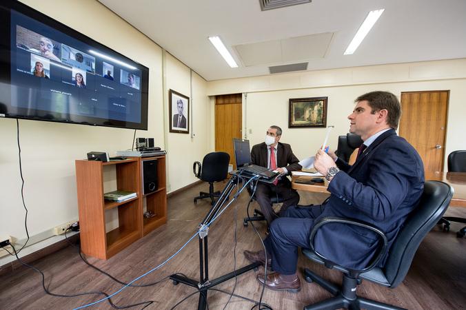 Reunião de Mesa Diretora (Foto: Elson Sempé Pedroso/CMPA)