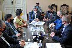 Vereadores estiveram reunidos com prefeito e secretários na tarde desta quinta-feira