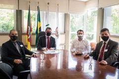Representantes da CEITEC estiveram com o presidente Bins Ely nesta manhã