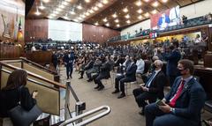 Cerimônia foi realizada no Plenário 20 de Setembro