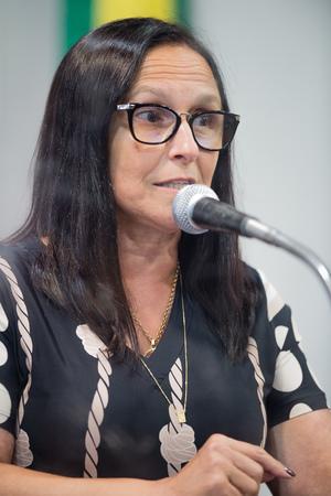 Retrato. Retrato. Vereadora Cláudia Araújo.
