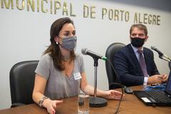 Janaína Audino participou da sessão plenária na tarde desta quarta-feira