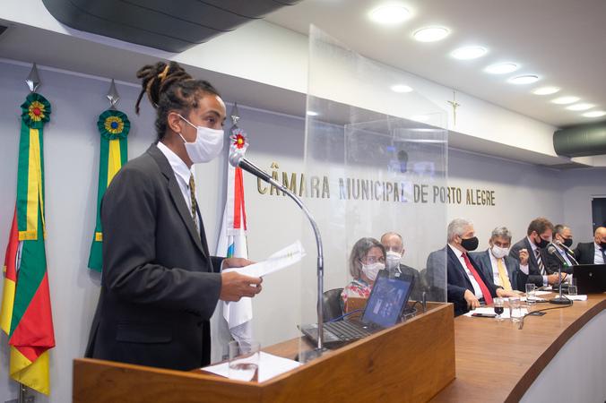 Comparecimento do prefeito Sebastião Melo.