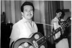 Teixeirinha atuou como músico, compositor, radialista, ator e produtor de cinema