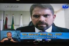Presidente comunicou ao Plenário decisão judicial sobre o projeto do Executivo