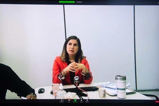 REURB – Aspectos Legais e Aplicação na Prática - Ênfase na Atuação Municipal. Na foto, Simone Somensi, Secretária Adjunta da Secretaria Municipal de Habitação e Regularização Fundiária (SMHARF)