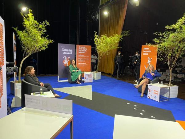 Presidência - Lourdes Sprenger palestra em Seminário da Causa Animal realizado pela Assembléia Legislativa    (Foto:Cristina Töniges/AL)