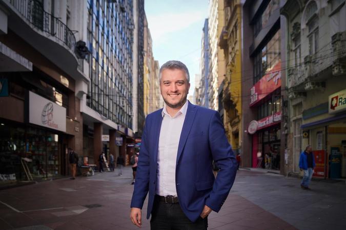 """""""A ideia é dar maior celeridade e diminuir a burocracia para regularização fiscal de pessoas físicas e jurídicas com dificuldades financeiras"""", afirma Ramiro Rosário"""