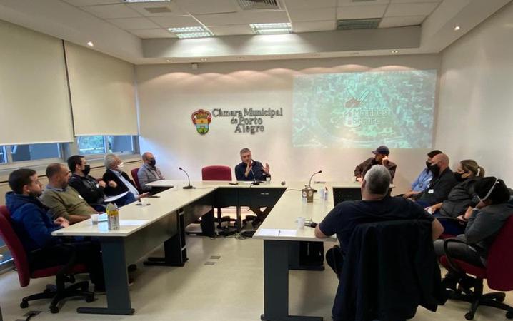 Ramiro Rosário faz reunião sobre o bairro Moinhos de Vento