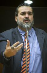 Sessão Ordinária híbrida. Na foto, vereador Claudio Janta.