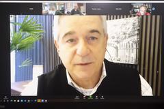 Debate da auditoria da bilhetagem contratada pela Prefeitura e os desdobramentos no aumento da passagem, privatização da Carris e dívidas fiscais das empresas com o sistema.CONVIDADOS: Sr. Luiz Fernando Záchia, Secretário Municipal de Mobilidade Urbana; Sr. Paulo Ramires, Diretor da EPTC; Sr. Maurício Cunha, Presidente da Carris; Dr. Felipe Kreutz, da Promotoria de Justiça de Defesa do Patrimônio Público do MP/RS; Dra. Débora Menegat, da Promotoria de Justiça de Defesa da Habitação e Ordem Urbanística do MP/RS; Dr. Geraldo Costa da Caminho, Procurador-Geral – Ministério Público de Contas do RS; Sr. Marcelo Weber, representante dos trabalhadores da Carris; Sr. Sandro Abbade, Sindicato dos Rodoviários de Porto Alegre; Sr. André Augustin, Observatório das Metrópoles; Sra. Stamatula Vardaramatos, Presidente da ATP (Associação dos Transportadores de Passageiros).