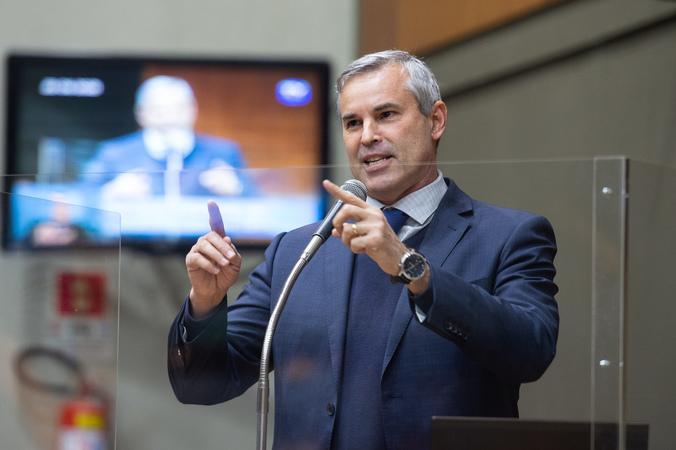 Sessão Ordinária - Vereador Mauro Pinheiro na tribuna (Foto: Ederson Nunes/CMPA)