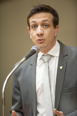 Retrato vereador Juan Savedra.
