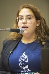 Retrato vereadora Vitória Cabreira.