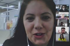 Reunião para debater sobre ações de incentivo ao Setembro Amarelo no município. Na foto, Marilise Souza, parte da equipe da Secretaria Estadual da Saúde do RS.