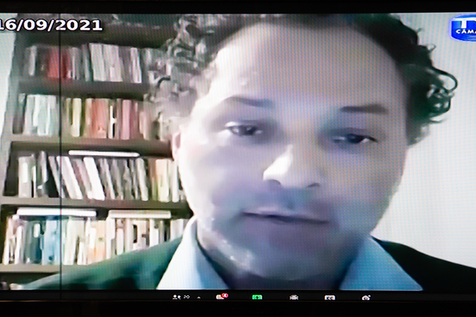Audiência Pública - Audiência Pública debate projeto do Executivo que altera normas de finanças municipais. Na foto, secretário municipal da Transparência, Gustavo Ferenci (Foto: Ederson Nunes/CMPA)