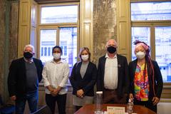 Cece faz visita à Secretaria Municipal de Cultura. Vereadoras Fernanda Barth e Daiana Santos se reúnem com o secretário Gunter Axt.