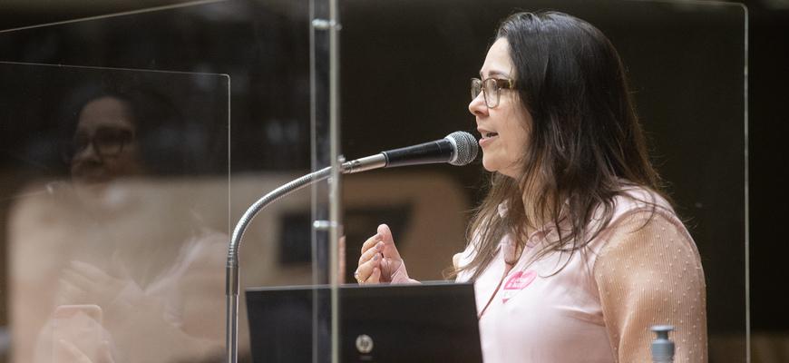 Vereadora Psicóloga Tanise Sabino (PTB), em Grande Expediente