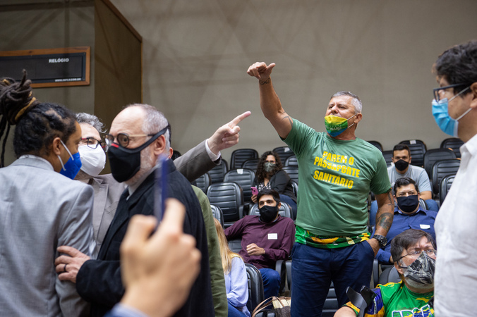 Sessão ordinária - Manifestações nas galerias. (Foto: Ederson Nunes/CMPA)