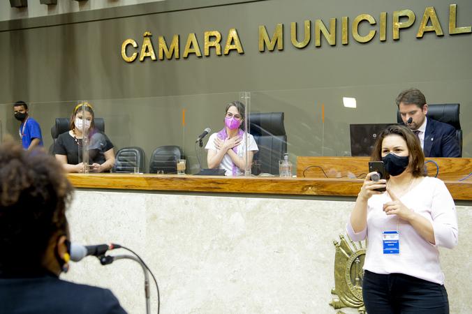 Sessão ordinária - TRIBUNA POPULAR: AGOSTO DOURADO – Proteger a AmamentaçãoINSTITUIÇÃO: Associação Gaúcha de Consultoras em aleitamento Materno – AGACAMORADORA: Cristina Bertoni Machado (Foto: Elson Sempé Pedroso/CMPA)