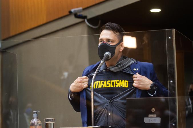Sessão ordinária - Vereador Leonel Radde (Foto: Ederson Nunes/CMPA)