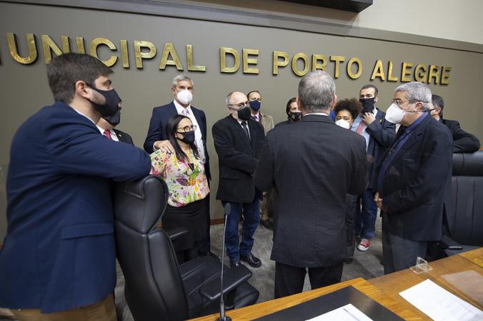 Sessão ordinária - Manifestações em plenário (Foto: Elson Sempé Pedroso/CMPA)