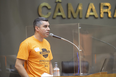 Tribuna Popular com o UGEIRM -  Sindicato dos Escrivães e Inspetores e Investigadores de Polícia no RGS. Na foto,  Elias Machado