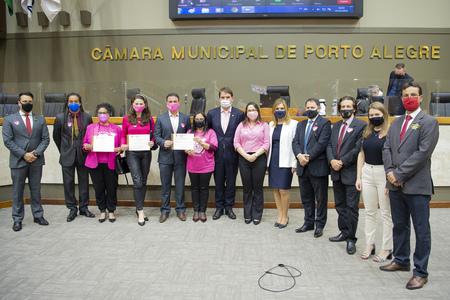 Legislativo destacou a campanha de prevenção ao câncer de mama
