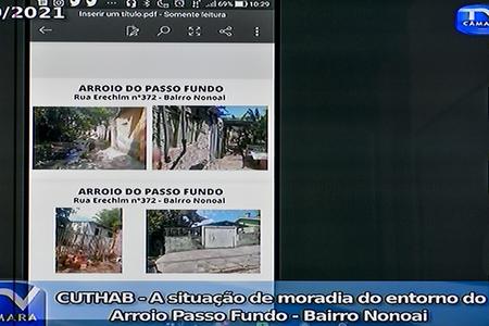 Reunião para tratar sobre a situação de moradia do entorno do Arroio Passo Fundo, no bairro Nonoai.