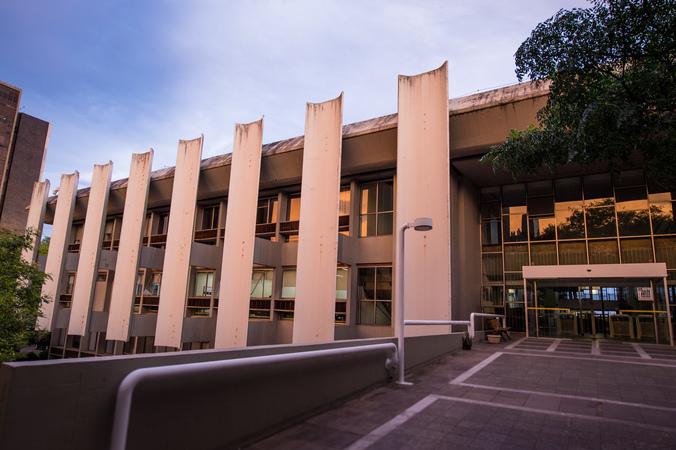 Fachada da Câmara Municipal de Porto Alegre. Palácio Aloísio Filho.