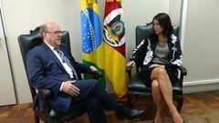 A vereadora Comandante Nádia reuniu-se com o secretário Schirmer na SSP.