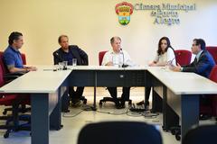 Dr. Goulart preside reunião da Cuthab