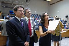 Proposta foi apresentada pela bancada do PSOL, formada por Alex, Robaina e Fernanda