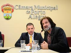 Primeira Reunião da Frente Parlamentar do Idoso. na foto, o vereador Oliboni.