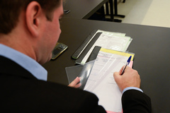 Comissão de Constituição e Justiça revisa projetos de lei propostos por veradores.