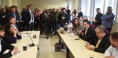 Reunião Conjunta CCJ, CEFOR e CUTHAB sobre a política salarial dos servidores municipais. Na foto, vereador Valter Nagelstein (ao microfone).